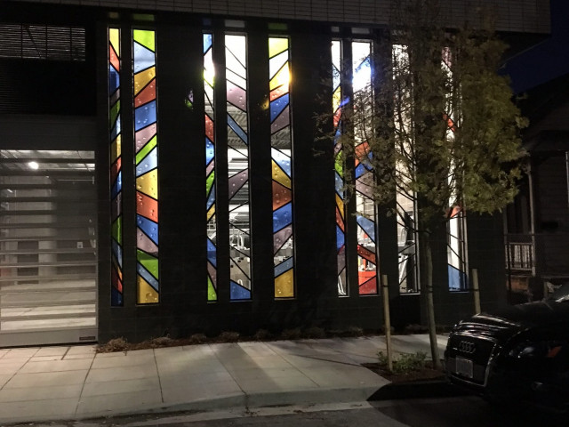Board member John Tess creates glass art for Portland's Muse apartments